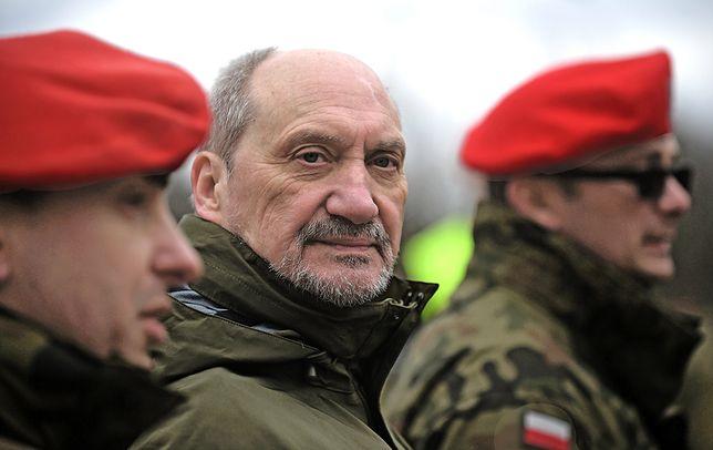 Płk Anna Pęzioł-Wójtowicz z ministerstwa obrony narodowej nazwała te doniesienia kłamstwem i fake newsem.