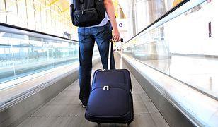 Najlepsze walizki mają solidne kółka i regulowaną rączkę