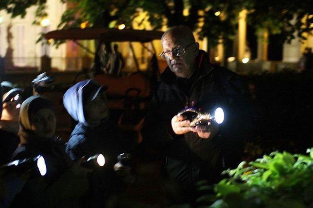 Noc Duchów - spacer z latarkami po Łazienkach