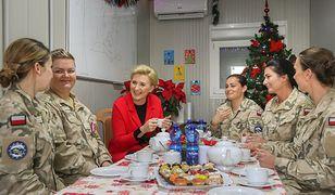 Żołnierki miały okazję porozmawiać z prezydentową w babskim gronie