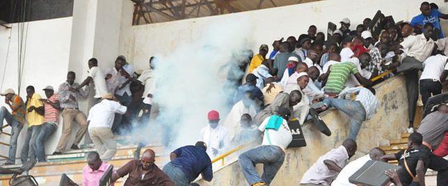 Wybuch paniki na stadionie w Dakarze. Są zabici i ranni