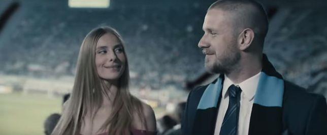 """Antek Królikowski gra prezesa klubu w najnowszym filmie Patryka Vegi """"Bad Boy"""""""