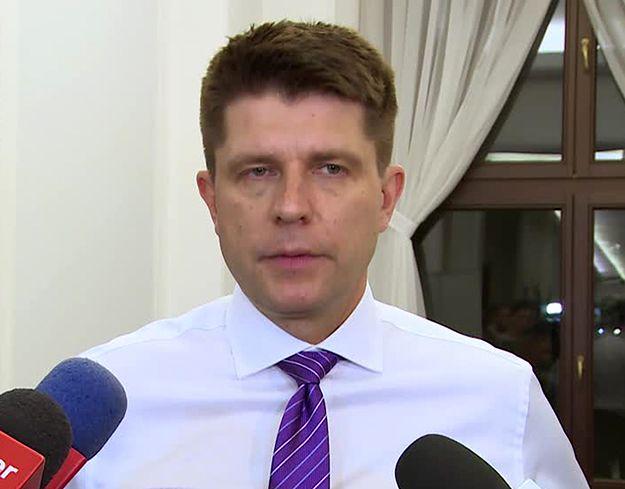 """Petru napisał list do Kaczyńskiego. """"Nie mogę czekać na pańską reakcję w nieskończoność"""". Maliszewski: chce pokazać, że jest liderem całej opozycji"""
