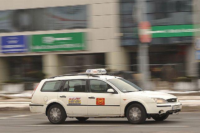 Taksówkarze rozpoczęli strajk na warszawskich ulicach