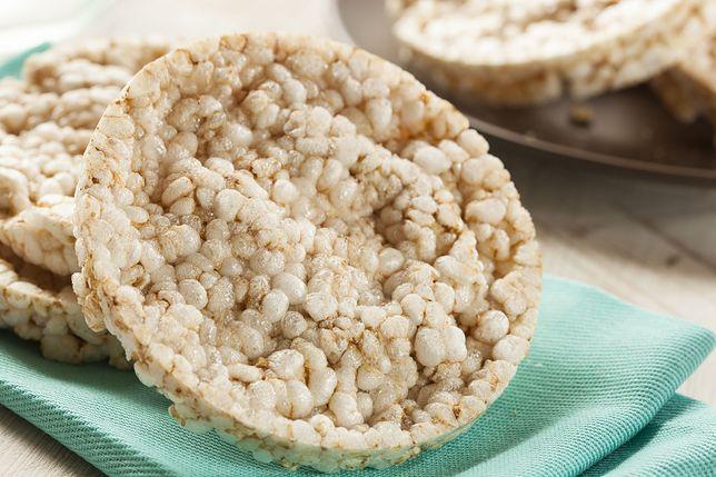 Lubimy chrupać wafle ryżowe, zwłaszcza na diecie.