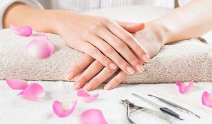 Bielactwo paznokci