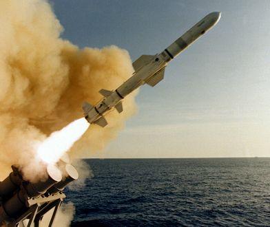 Pogorszenie relacji między USA a Koreą Północną nastąpiło w wyniku realizowanego przez Koreańczyków programu nukrlearnego niezgodnego z ustaleniami międzynarodowymi