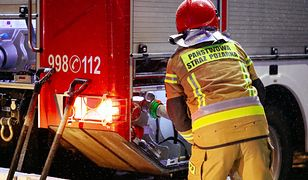 Nysa. Wypadek wozu strażackiego. Dwie osoby w szpitalu
