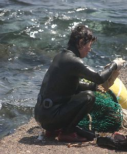 """Mówią o nich haenyeo albo """"kobiety morza"""". Tam wygrywają z mężczyznami"""