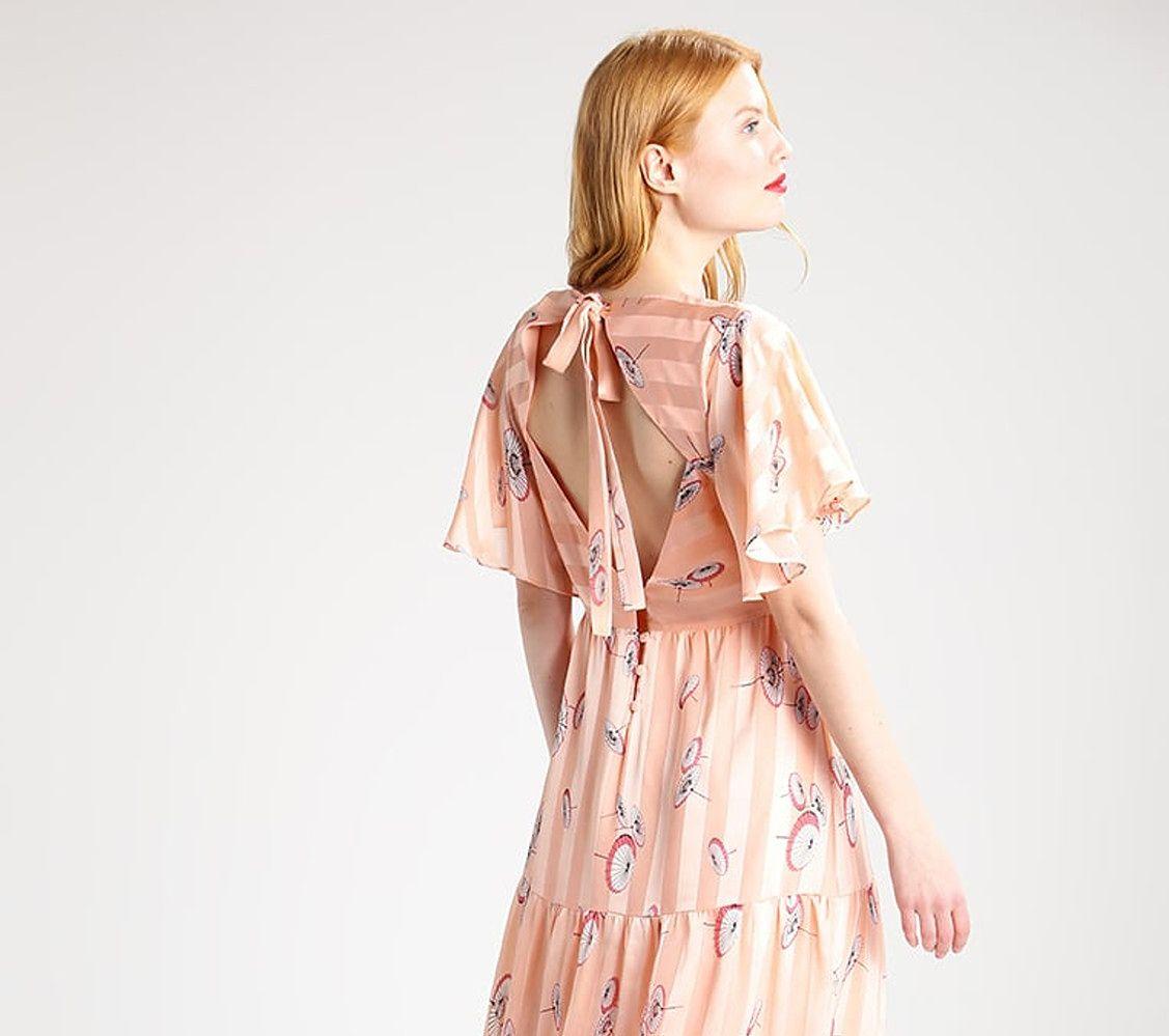 Długie romantyczne sukienki na lato