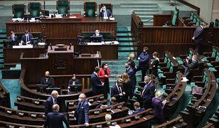 Sejm. Obrady ws. walki z koronawirusem. Mateusz Morawiecki zabierze głos