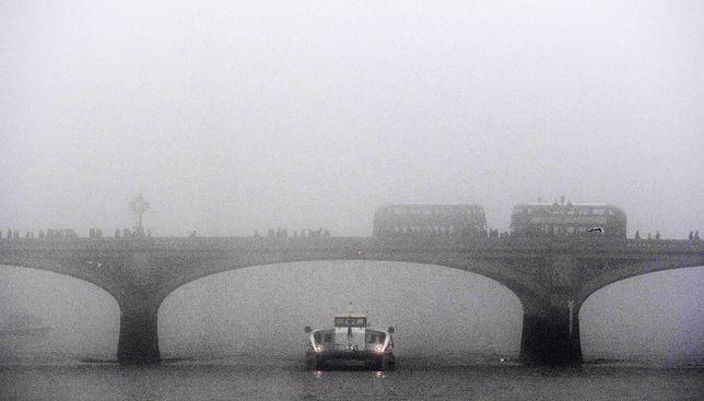 """Nikt nie przypuszczał, że """"zwykła mgła"""" pochłonie tysiące żyć"""