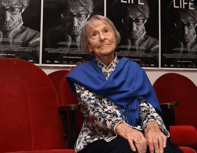 Kobieta pracowała jako sekretarka Goebbelsa, niemieckiego polityka w rządzie Hitlera, następcy kanclerza III Rzeszy
