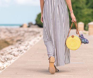 Sukienka maxi sprawdzi się nie tylko na plaży