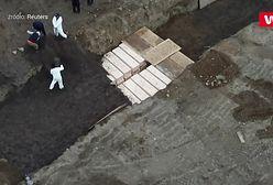 Masowe groby w USA. Polak zdradza szczegóły