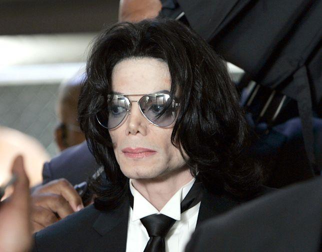 Londyn broni Michaela Jacksona. W mieście pojawiły się plakaty