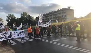 Protest w Skawinie. Gigantyczny korek na wjeździe do Krakowa