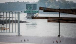 """Wykonawca odbudowy mostu Łazienkowskiego przyznaje: """"Otwarcie na wybory"""""""
