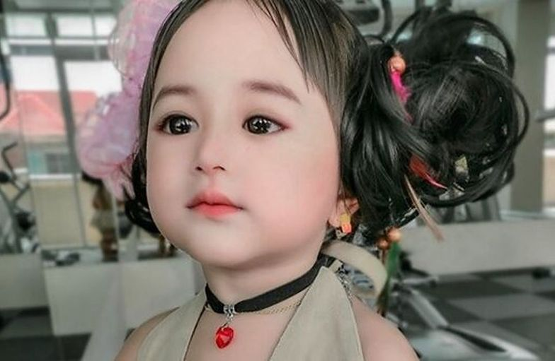 Nie wierzyli, że dziecko może tak wyglądać. Aż zobaczyli jego mamę