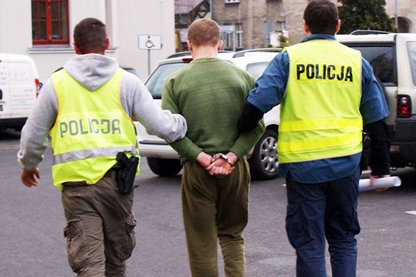 Ministrant w pół roku ukradł z parafialnej kasy 20 tys. zł