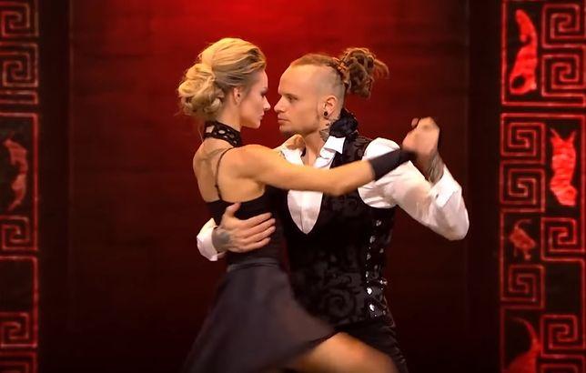 """""""Dance Dance Dance"""": Fit Lovers faworytami widzów. Ich występ hitem sieci"""