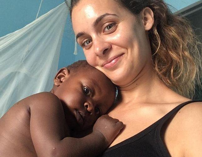 Kamila pomaga matkom i ich dzieciom przejść przez poród.