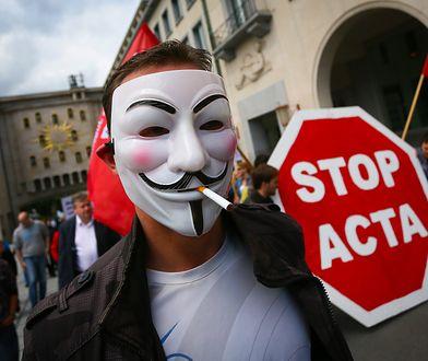 """Nowe prawo unijne, które nakłada konieczność """"płacenia za linki"""" to prosta droga do cenzury internetu"""
