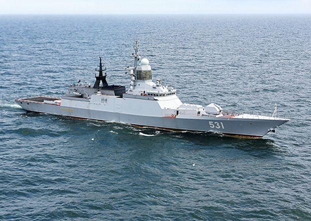 Rosja rozmieszcza okręty wokół Krymu. Moskwa ostrzega Kijów: zestrzelimy wasze reakiety