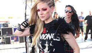 """Avril Lavigne zmaga się z poważną chorobą. """"Pogodziłam się z tym, że mogę umrzeć"""""""