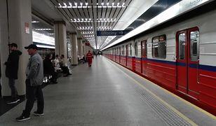 Po wypadku w metrze wprowadzono ruch wahadłowy. Na zdjęciu: stacja Służew