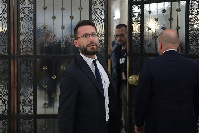 """Kryzys w koalicji. PiS odpowiada partii Ziobry. Mowa o """"pretekście"""""""
