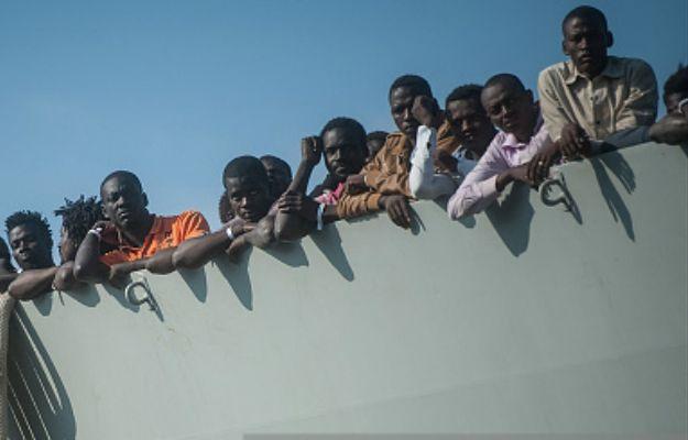 Kapitan statku z muzułmańskim migrantami zamordował sześciu chrześcijan. Przez ich religię
