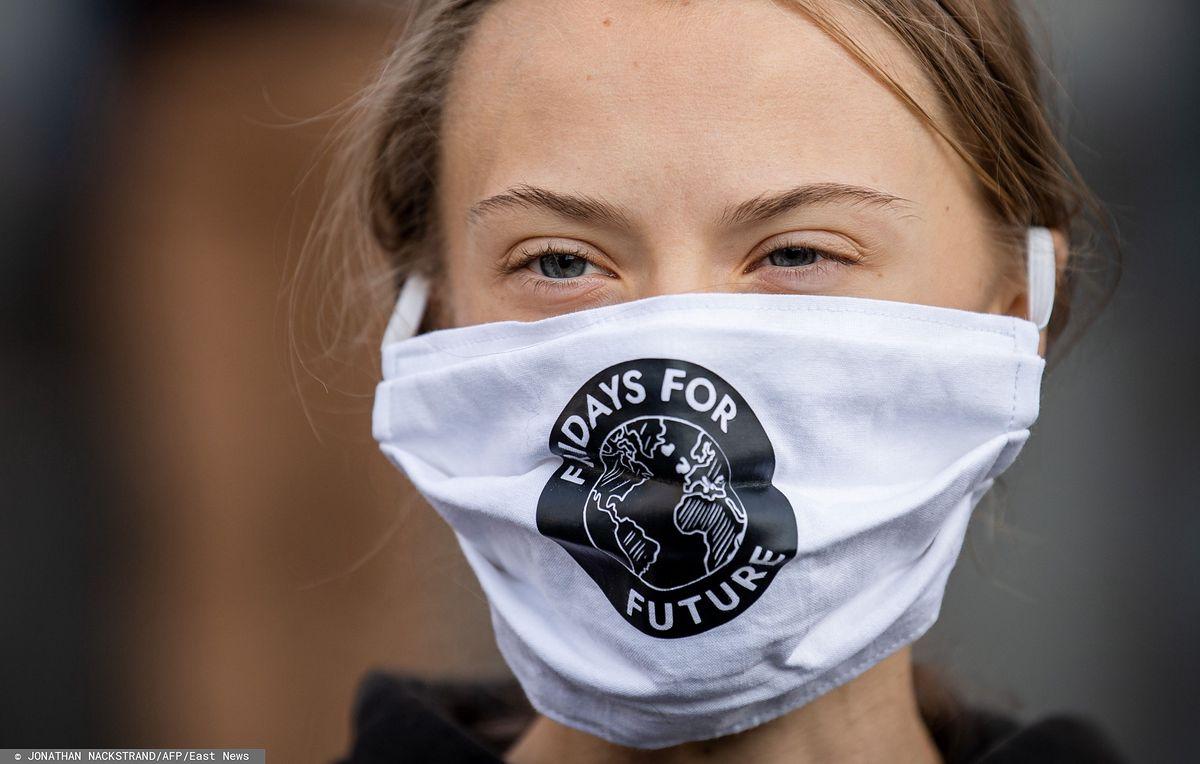 Greta Thunberg podczas piątkowej manifestacji Młodzieżowego Strajku Klimatycznego w Sztokholmie