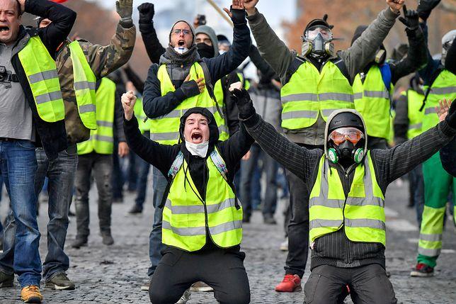 """Demonstranci zatrzymali ciężarówki, by """"spowolnić gospodarkę Francji"""""""