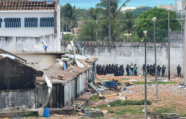 Krwawa wojna gangów w Brazylii. W więzieniach zginęło już 140 osób