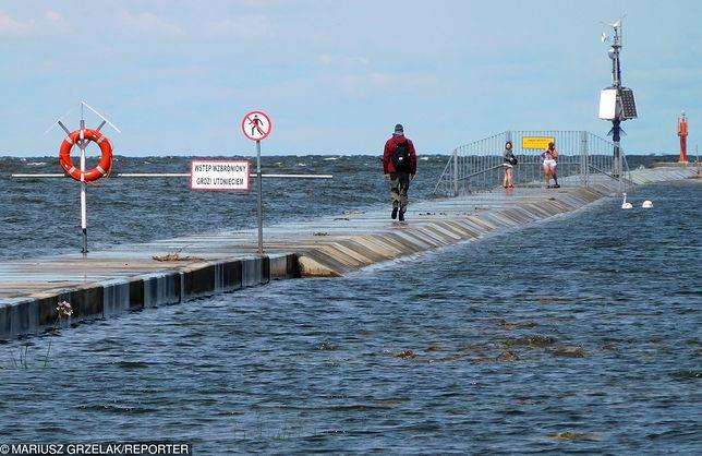Gdańsk. Woda w ujściu Wisły i na kąpieliskach jest czysta