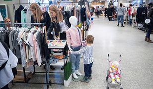 Sznurki w ubraniach dla dzieci mogą być niebezpiecznym elementem