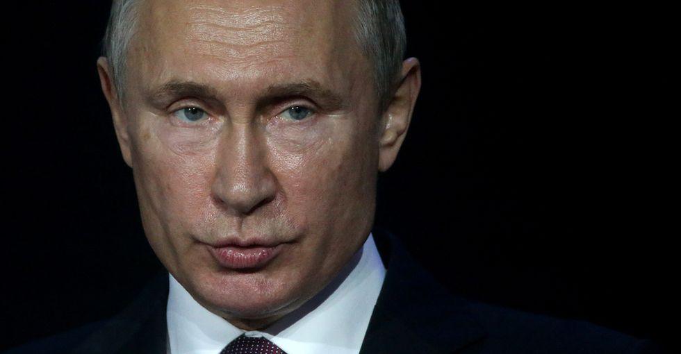 Prezydent Rosji Władimir Putin przemawia na Międzynarodowym Kongresie Cyberbezpieczeństwa w Moskwie, 6.06.2018 r.