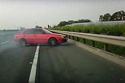#dziejesiewmoto [293]: eksplozja opony, feralny Nurburgring i kara dla agresora