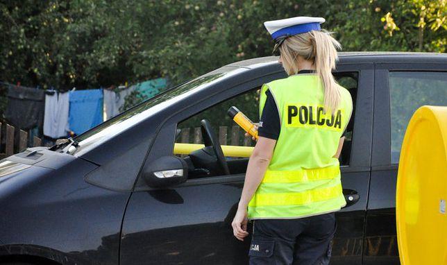 Kobietę złapano na jeździe pod wpływem alkoholu dwa razy tej samej nocy