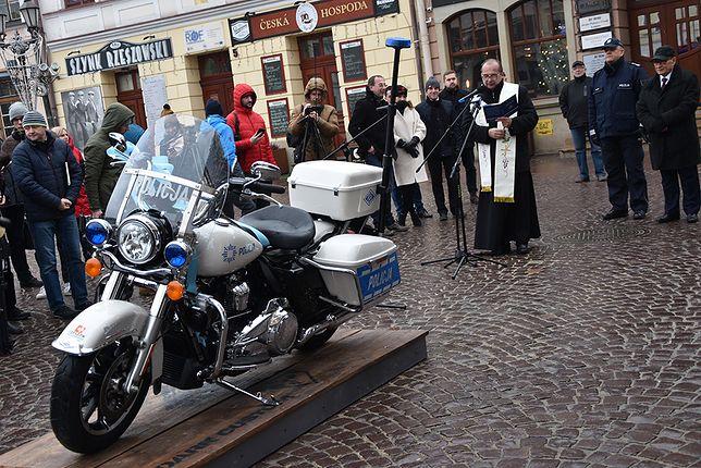 Rzeszowska policja dostała dziś nowy motocykl. To Harley ufundowany przez ratusz