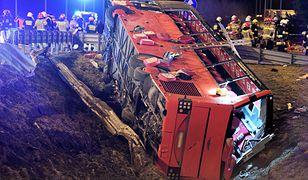 Wypadek autobusu na A4. Kierowca usłyszał zarzuty