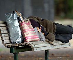 Sportsmenka jest bezdomna. Sypia na cmentarzu