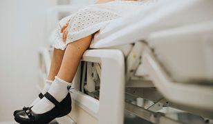 Dziewczynki, które mogły zostać poddane zabiegowi w klinice miały od 5 do 12 lat