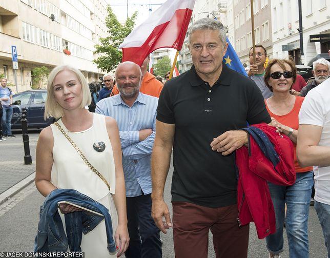 Żona Władysława Frasyniuka skomentowała wystąpienie premiera w PE