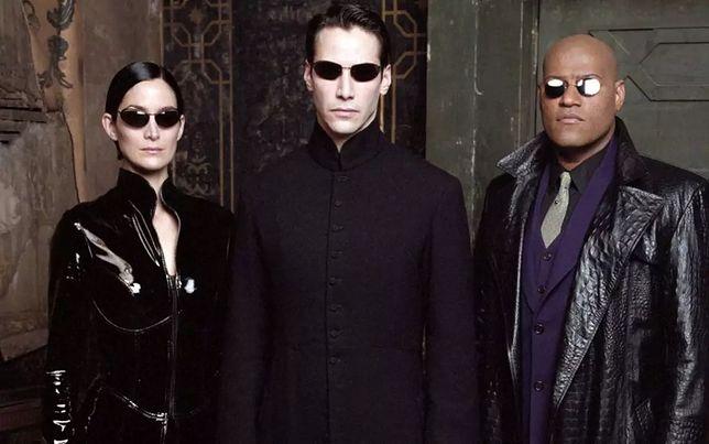 """W """"Matrix 4"""" do swoich ról na pewno powrócą Keanu Reeves i Carrie-Anne Moss"""