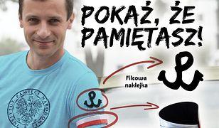 """Symbol """"Polski Walczącej"""", odblaskowe opaski i naklejki. Odbierz gadżety związane z Powstaniem Warszawskim"""