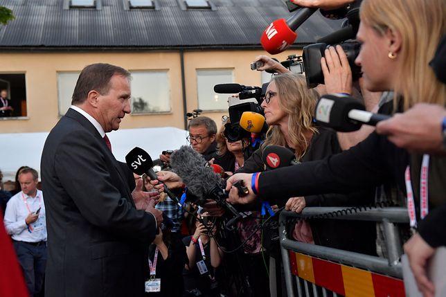 Nie możemy dać wpływu na politykę partii rasistowskiej - przestrzegał przed zamknięciem lokali wyborczych premier Szwecji Stefan Loefven