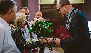 Zdjęcia ze ślubu, którego udzielił Paweł Adamowicz