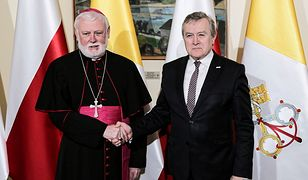Abp Paul Gallagher i wicepremier Piotr Gliński